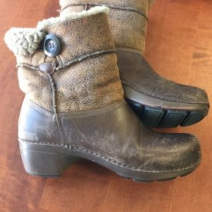 Dansko Shearling Stormy clog / boots Brown leather